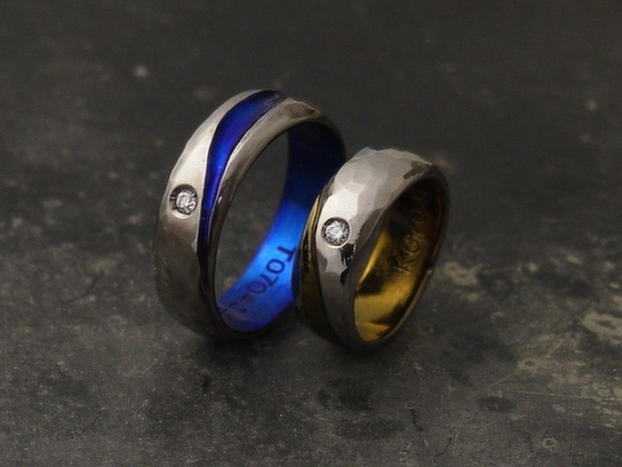 ダイヤ+ハンマー痕のメンズリング